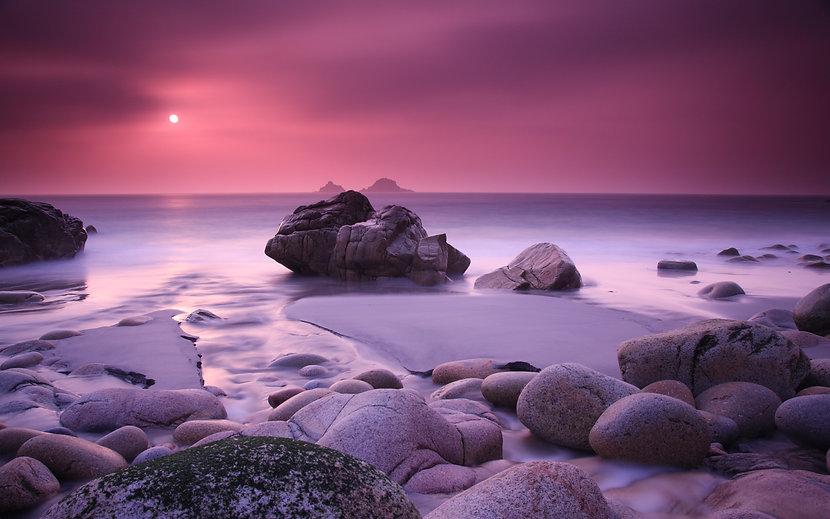 Nature_Beach_Rocks_on_the_shore_031802_.jpg