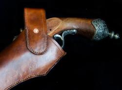 Flintlock pistol holster