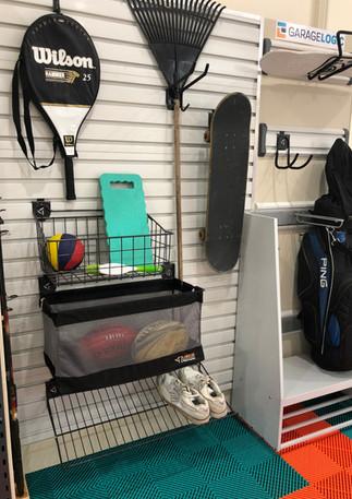 Golf Caddy Gear Wall and Flexi Flooring