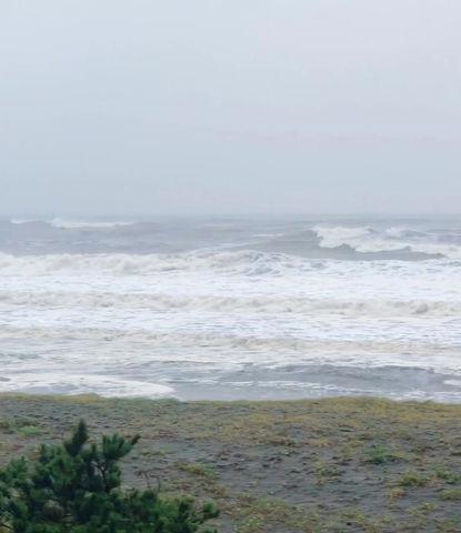7月27日の朝の波