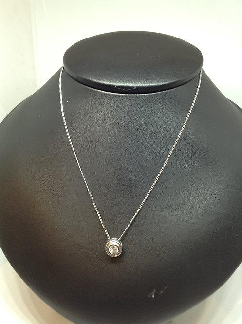 Zilveren ketting met hanger met zirconia