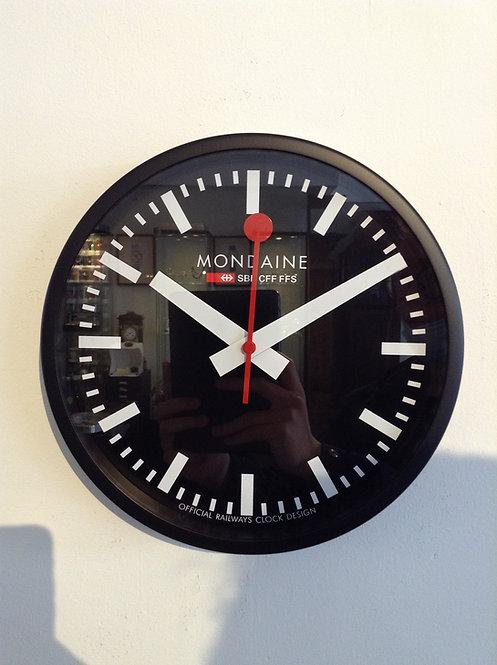 Mondaine  wall clock zwart