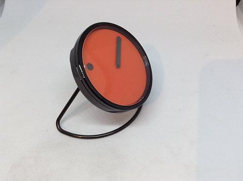 Picto deskclock/oversized wristwatch