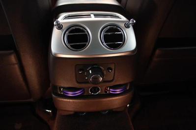 Rolls-11.jpg