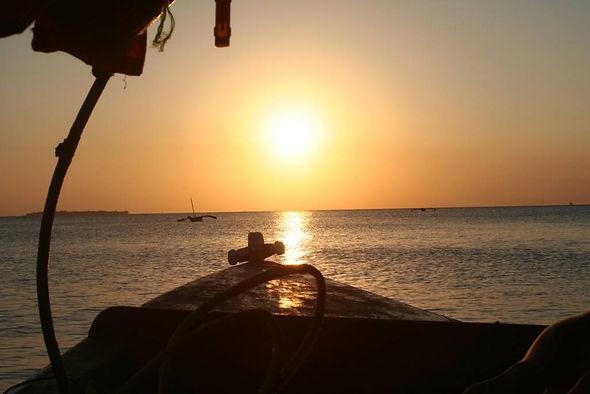 zanzibar hotel resort beach sunset cuise