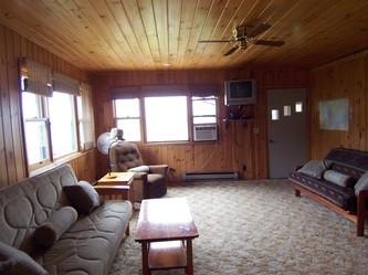 Cabin 2 Livingroom Space
