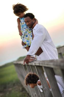 Portrait photography, Family photo session, studio portraits, wedding photography, senior photos. Pr