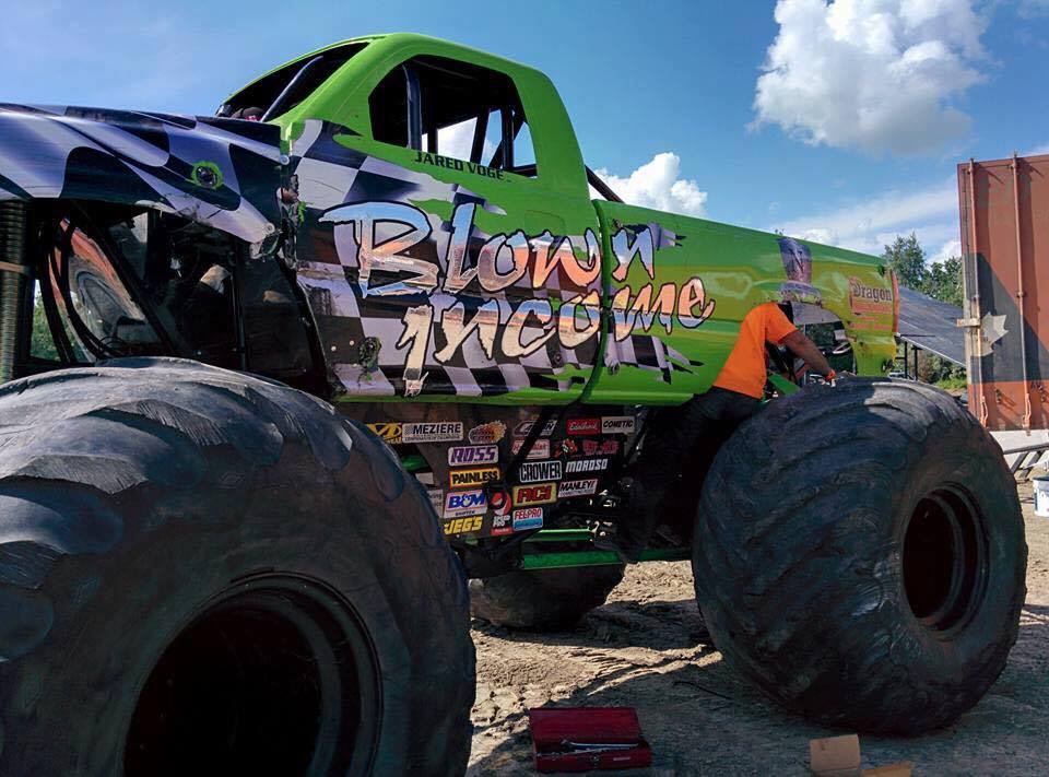 Monster Truck Throwdown