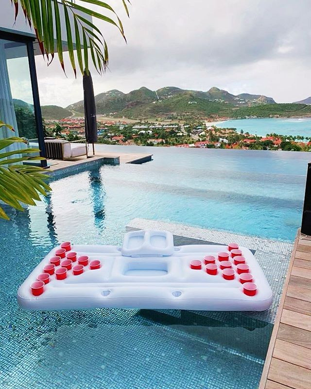 Pool beer pong