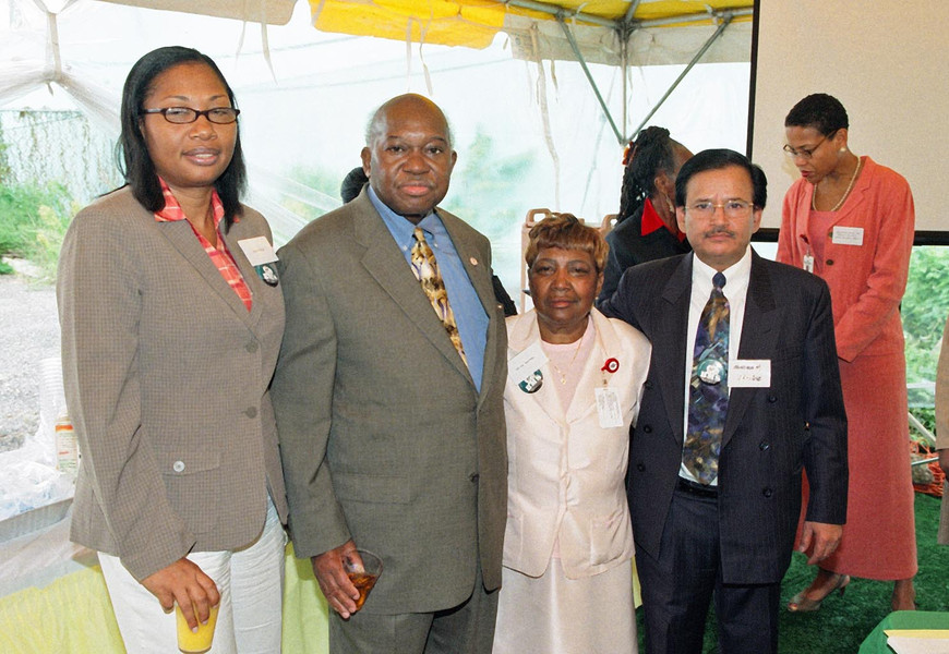Owens and community leaders.