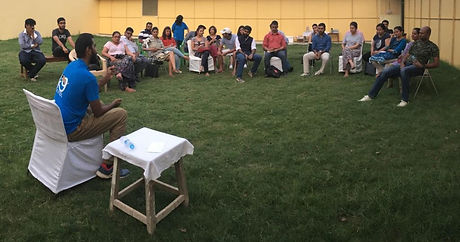 Adnaan-counselling-the-participants-in-t