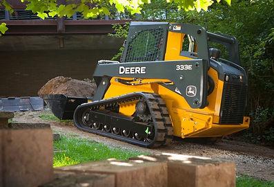 Deere-333E_3-1024x683.jpg