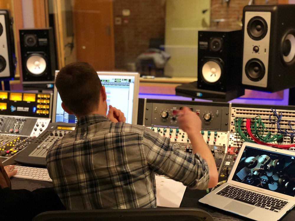 Producing and recording drums at Monarch