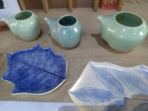 Hojas de cerámica y Jala neti