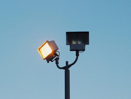 Move The Spotlight