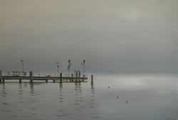 Jetée dans la brume