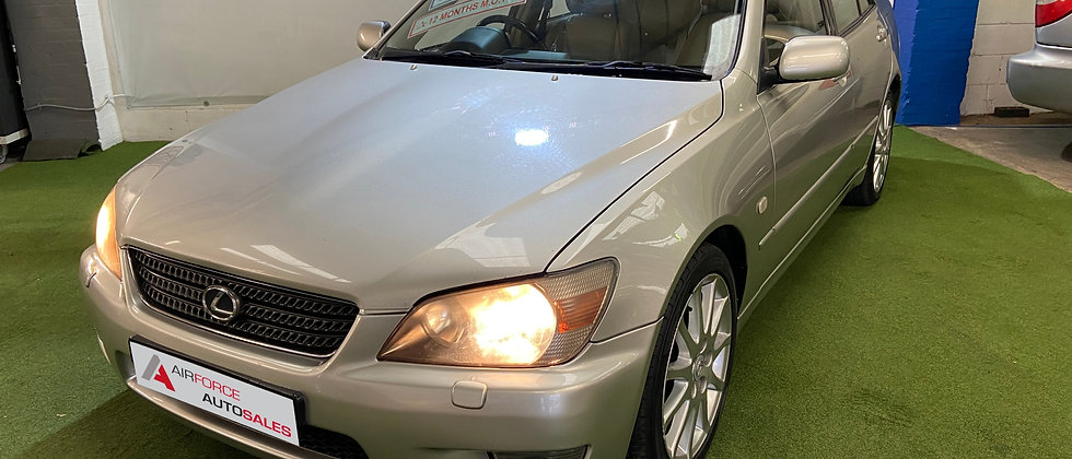 2001 Lexus IS200 Automatic