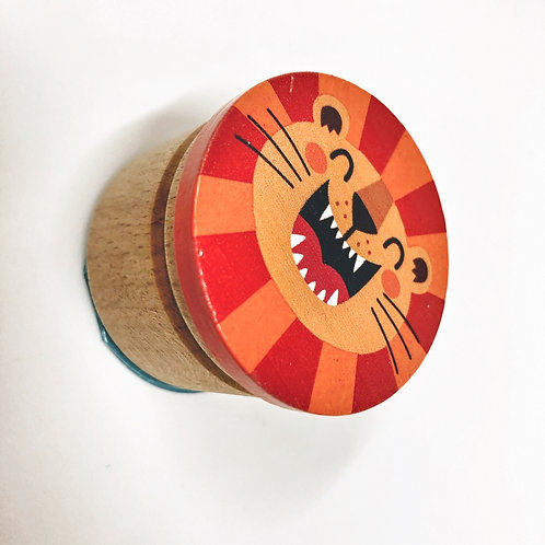 Zahndose Löwe