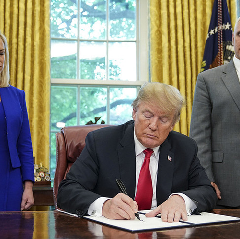 President Trump Signs Executive Order To End Family Separations at Border