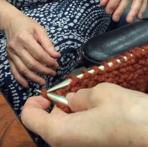 "Thanks to ""Adaptive Knitting"" Woman with One Arm Can Knit Again"