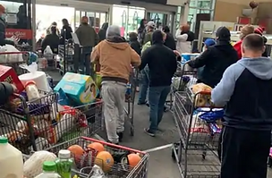 Texas Grocery Store Lost Power and Let People Leave without Paying. Shoppers Paid It Forward