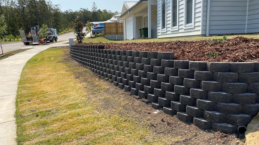 Retaining Wall Builders.jpg