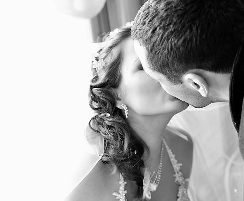 wedding-2838418.jpg