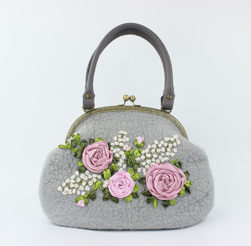 Erfly Design Boutique S Wearable Art Purses And Handbags Are Each Lovingly Hand Crafted From Wool Felt In Striking Patterns Colors For The Woman Who