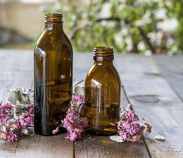 bottles-of-essential-oils-4510907_960_72