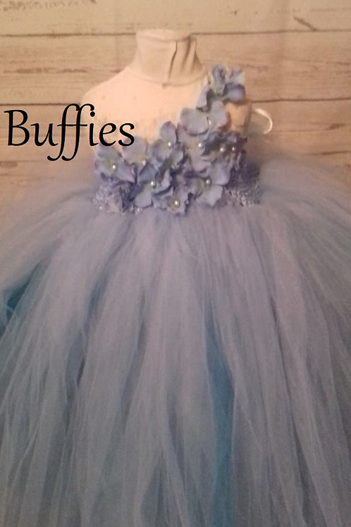 Blue tulle dress with flowers