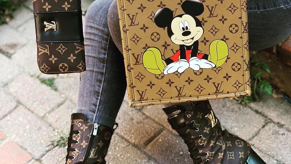 Luis Vuitton boot set