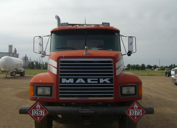 1992 Mack Hot Oil Truck