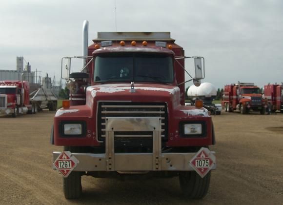 1998 Mack Hot Oil Truck