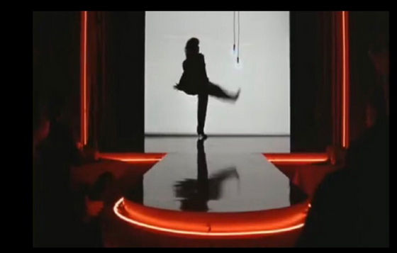 Flash dance / creative