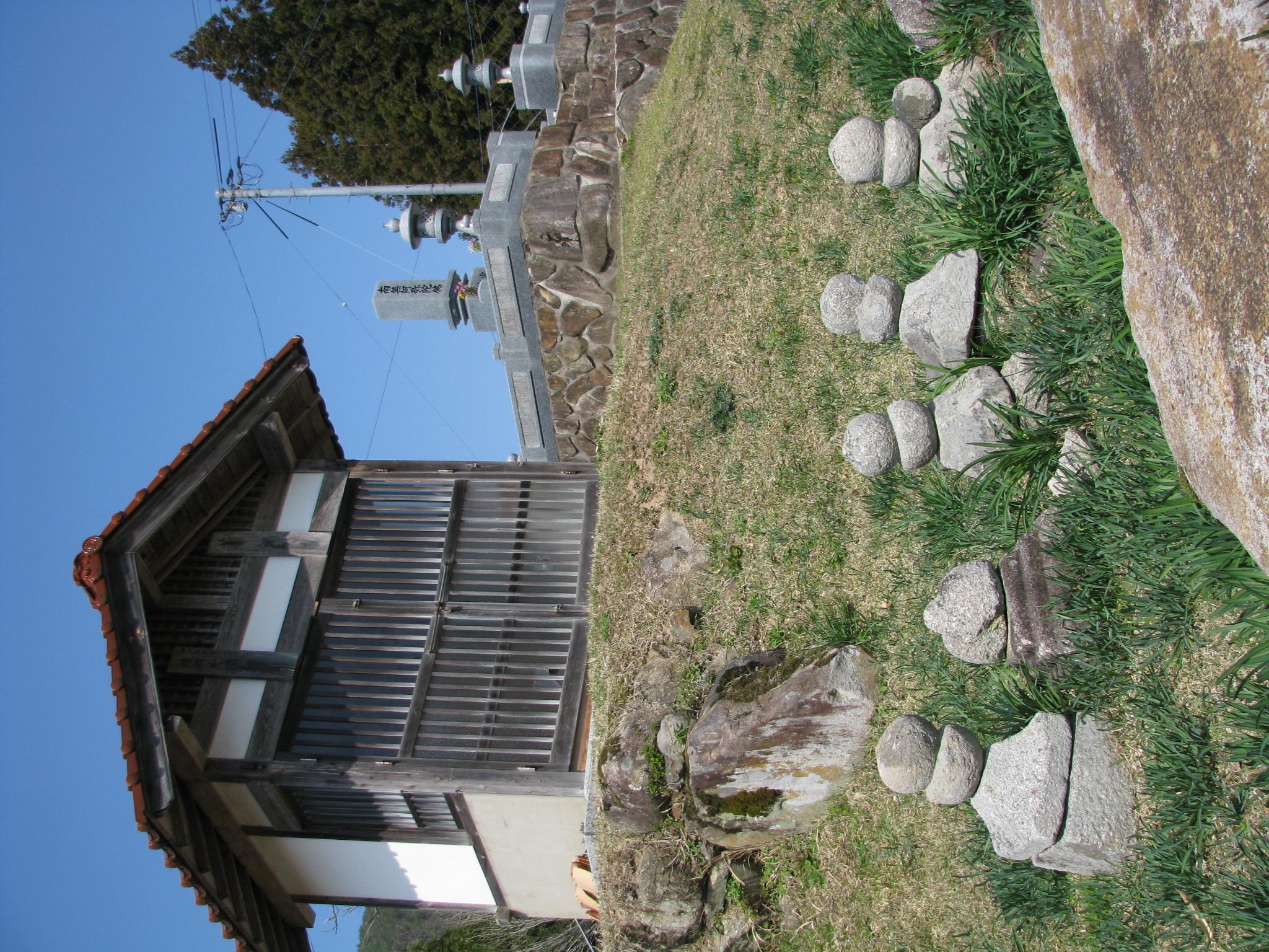 頂門寺と薬師堂(堂さん)