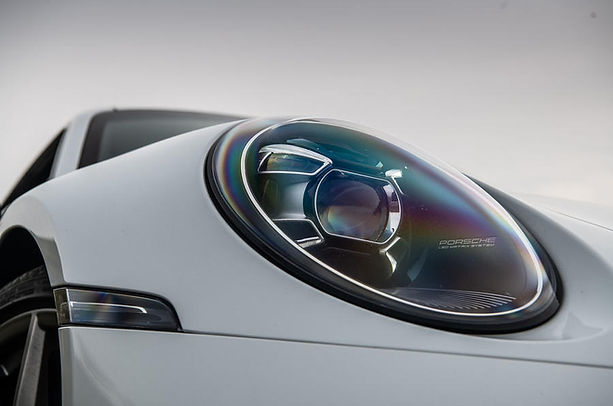 4-porsche-911-2019-rt-headlights.jpg