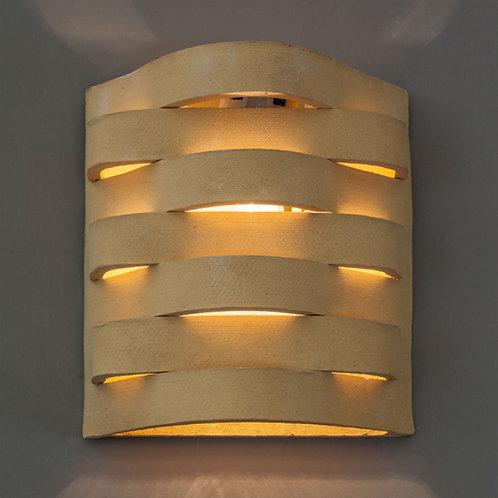 מנורת קיר פסים צהובה