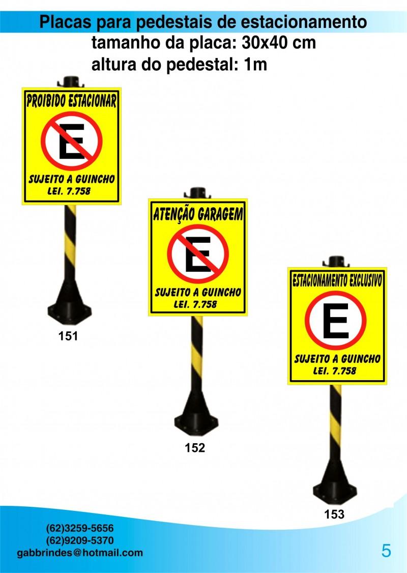 Placas Pedestais de estacionamento