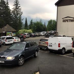 Dnešní odvoz zákazníků na dovolenou do hotelu Sepetná