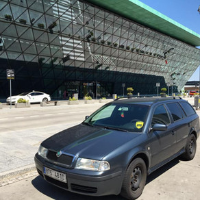 Víkendový odvoz z letiště Krakov a v pondělí odvoz na letiště zpět.