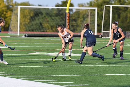 Field hockey-3.jpg