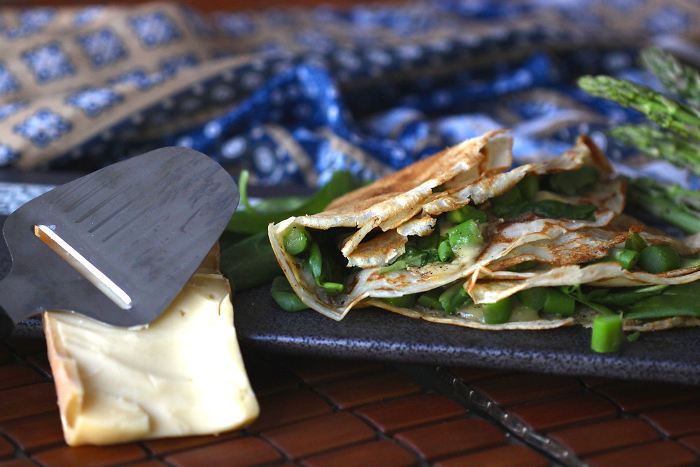 Raclette crepes with asparagus and spinach