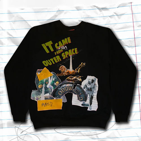 XL-IT CAME FROM OUTERSPACE SWEATSHIRT D04