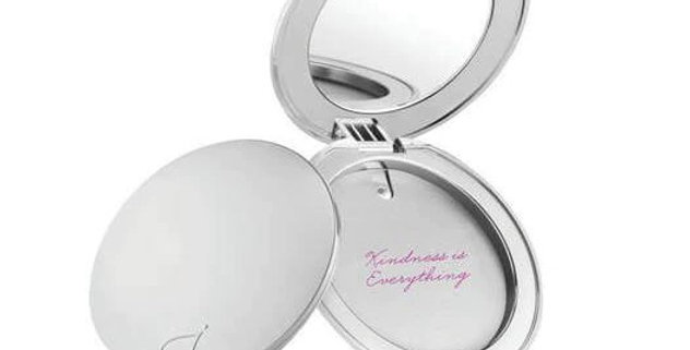 Jane Iredale Refillable Foundation Compact