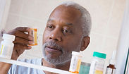 1140-man-prescription-pill-bottle-medici