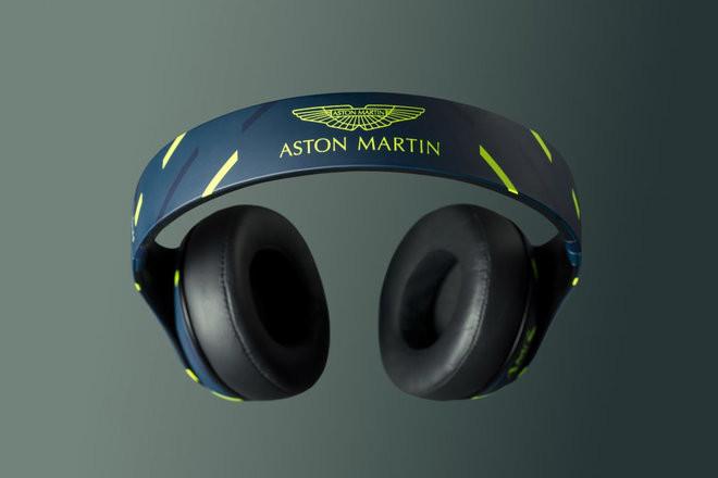 148486-headphones-news-beats-aston-marti