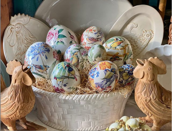 decorative eggs easter table decoration