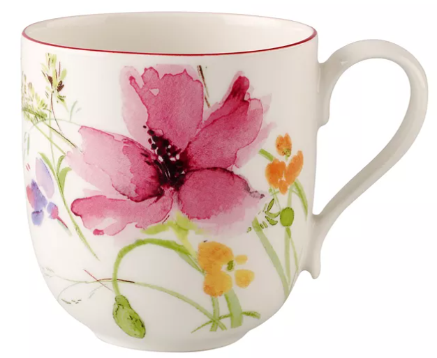 Tasse à thé motifs fleurs