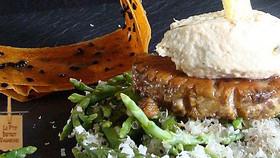 Foie de la Mer flambé au Saké, Beurre d'Huître et Salicorne... faire le plein d'iode