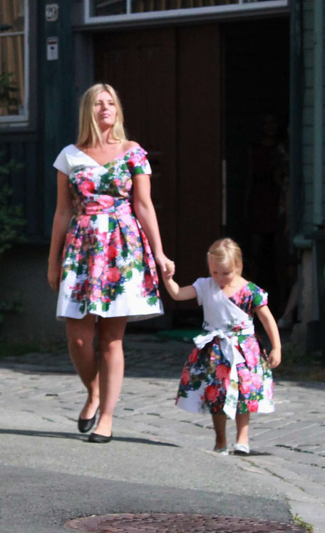 stylish and fresh floral summer dress